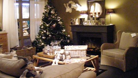 11-gezellige-kerst-woonkamer-kerstmis-leefkamer-cottage-stijl
